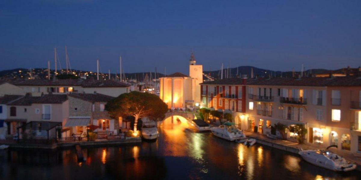 Discover the art of living in Port Grimaud, a paradise between land and sea
