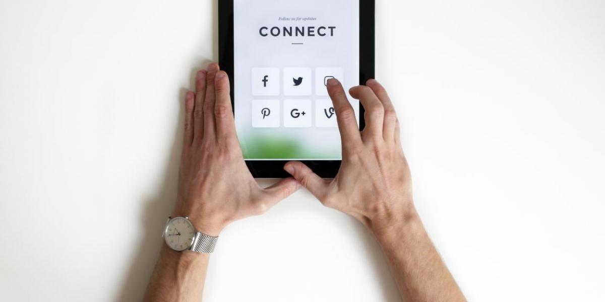Social networks in real estate: Communication differently!