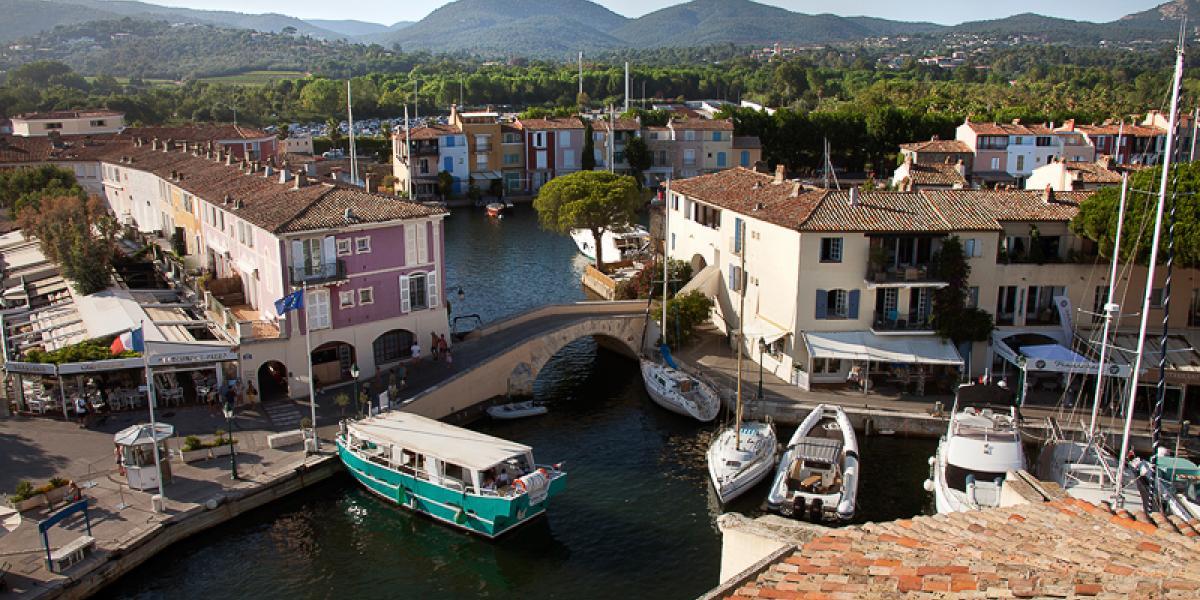 Seasonal rental & vacation location in Port Grimaud