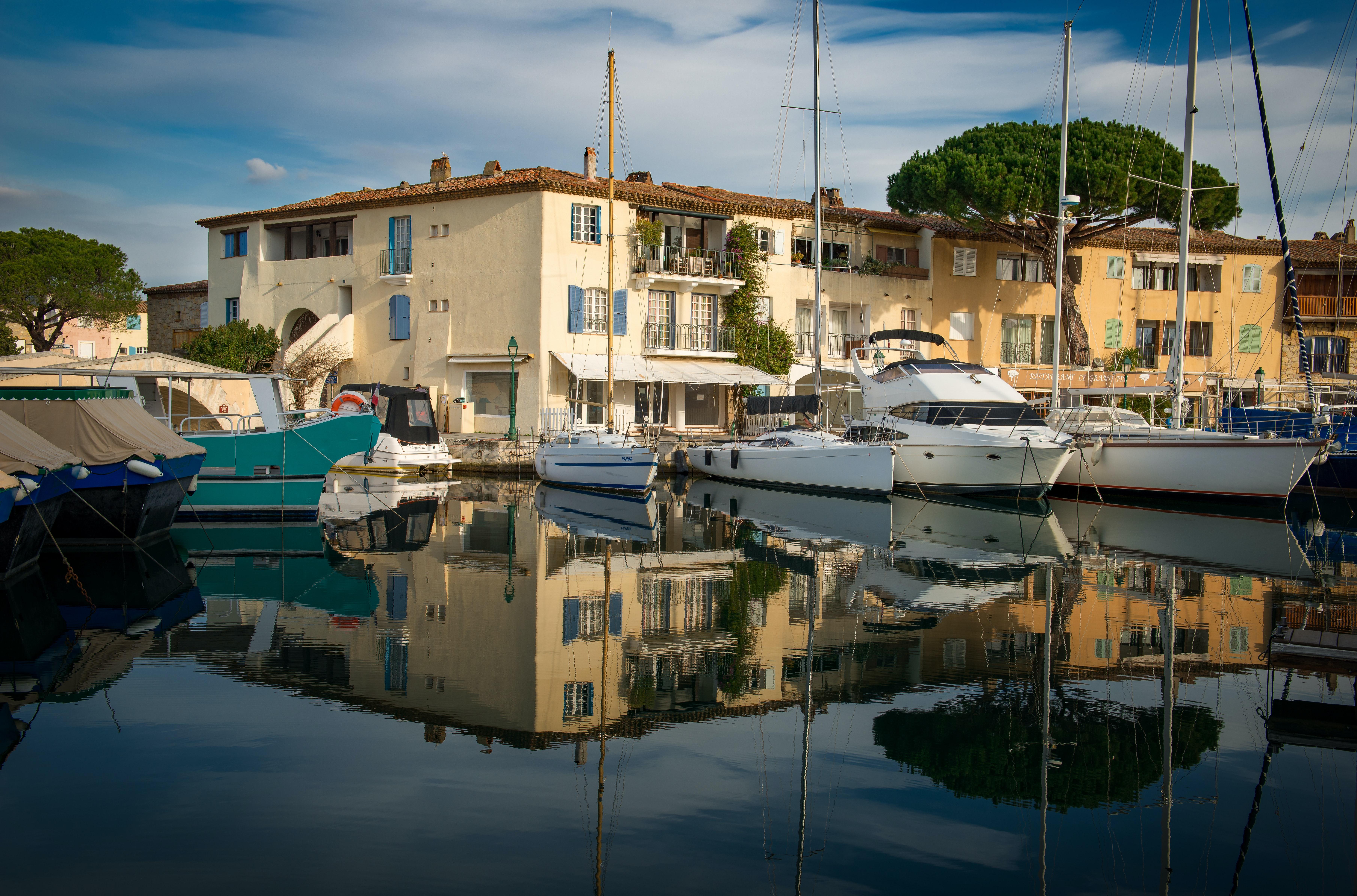 Port Grimaud - Marche de l'immobilier 2020 Golfe de Saint Tropez - @gillesdenice