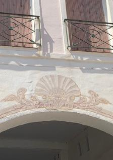 Detail porche de Port Grimaud - Logiservice