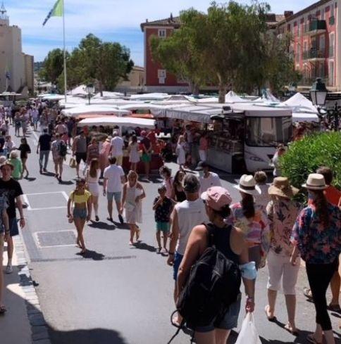 Port Grimaud summer market- Logiservice