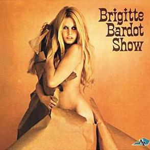 Brigitte Bardot clip tourne a Port Grimaud - Golfe de Saint Tropez