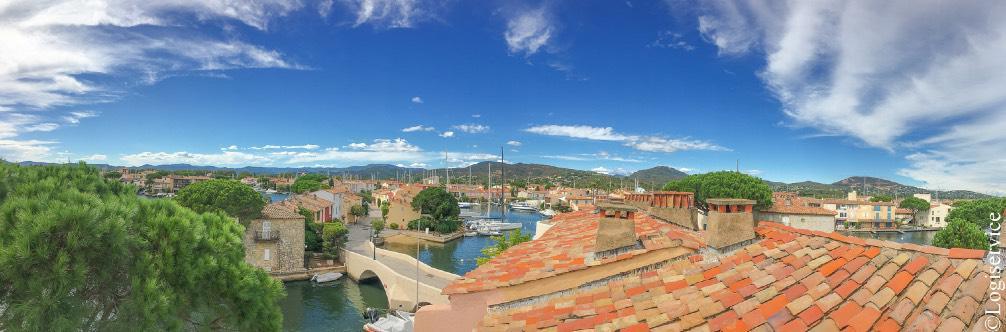 Port Grimaud au dessus des toits - Var - Logiservice - Historique de la Cité Lacustre dans le Golfe de Saint Tropez
