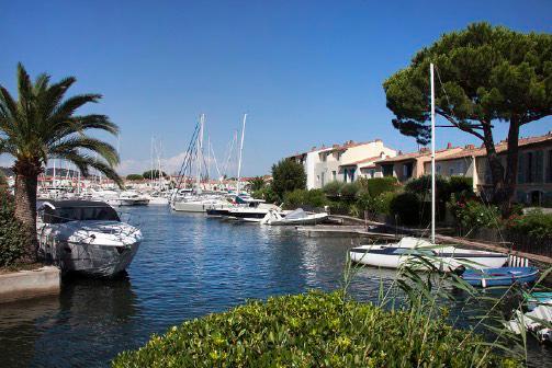 Port Grimaud bateau - Golfe de St Tropez - Logiservice