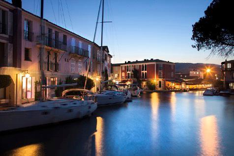 Port Grimaud en début de soirée estivale - Marina - Immobilier
